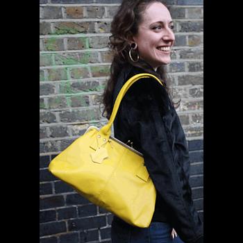 Handväskan Doris från Odi Lynch,  gul