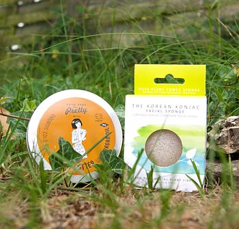 Paket för huden, Konjac-svamp med vulkanvatten & Hudkräm med arganolja