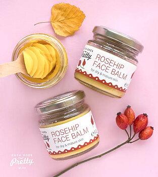 Paket för ansiktet med doft av rosor