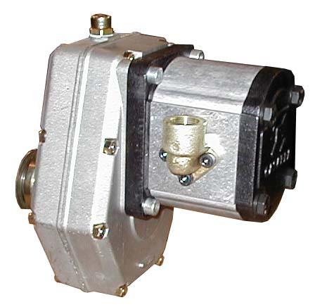 Mehrpreis Hydrauliksystem Pumpe mit 25cc Tank montiert und einsatzbereit