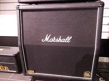 Begagnad Hughes &Kettner Coreblade + Marshall 1960AV