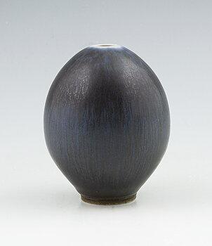 Small Vase - Studio hand