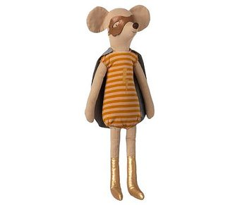 Superhero mouse Maxi, Girl