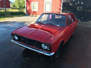 Ford Cortina - Purkuauto (myydään osina)