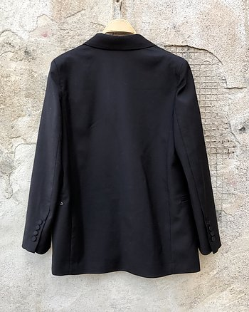 Black blazer from Otto d'Ame