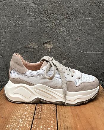 Beige Sneaker från Laura Bellariva