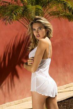 Sexigt vitt underklädesset