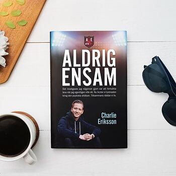 Aldrig Ensam - Pocketboken