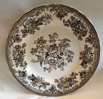 John Carr & Sons, Asiatic Pheasants black 1800s dinner plate