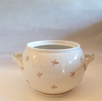 Nationalservisen white with gold sugar bowl without  lid