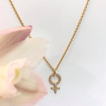 SHE DIAMOND NECKLACE