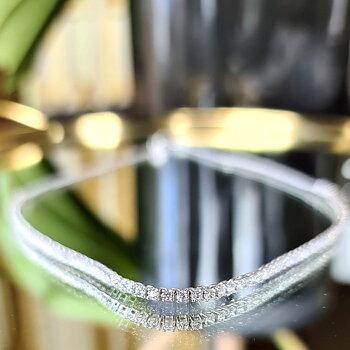 DIAMOND RIVER NECKLACE