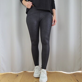 Leggings Matt Lack SVART (tre storlekar) - Train of trend