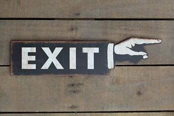 """Metallskylt """"exit"""" i sekelskiftstil"""