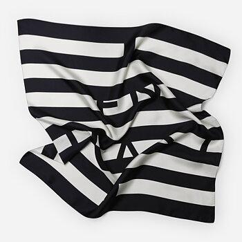 Holly silk scarf