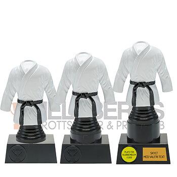 Statyett Kampsport Sport Trophies - Inklusive skylt med text - 3 olika storlekar