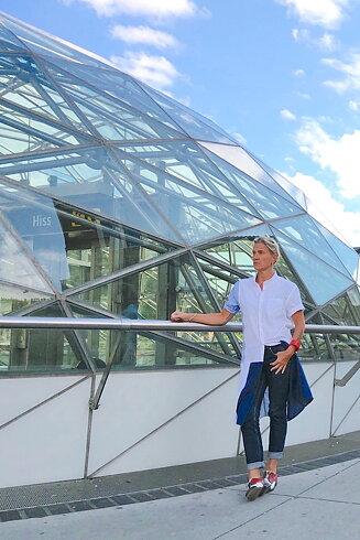 SÅLD Skjortklänning, vit/blå struktur