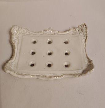 Tvålfat keramik vitt