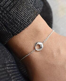 Orbit Armband