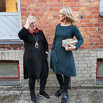 Du Milde kläder - Klänning - Classic Caroline - Svart