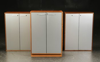 Walnut cabinet with aluminum doors - 119 cm