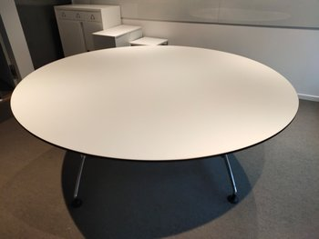 Round two-part conference table with black edge - 180 cm