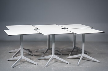 Café table, Pedrali Ypsilon - Design Jorge Pensi