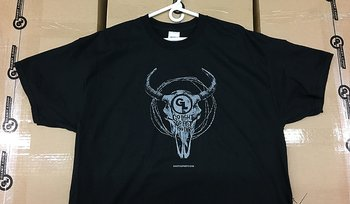 "T-shirt ""Bison Skull & Barbed Wire"" - Giant Loop"