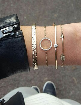 Golden Diamond Arrow Bracelet Set