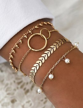 Fashion Pearls And Leaves Bracelet