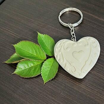 Nyckelring hjärta med ett hjärta