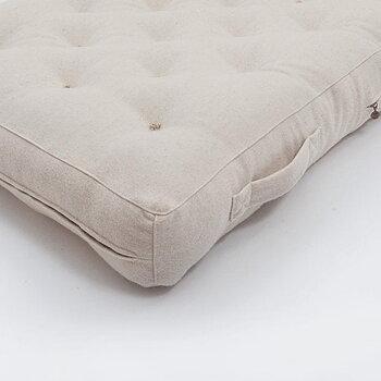 HARD MEDIUM futonmadrass med övrerdrag i naturlig bomull