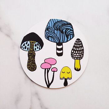 W / White Mushroom Coaster–OUT OF STOCK UNTIL 15/6/21