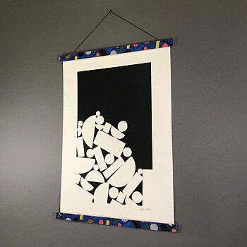 A4 Print Hanger Frame, blue / pink pizza