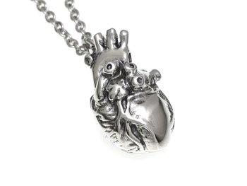 anatomisk hjärta smycke