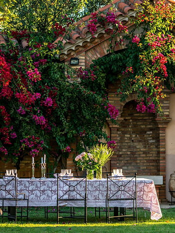 Bordsduk   Big Paisley   Fuchsia Rose   Extra Long