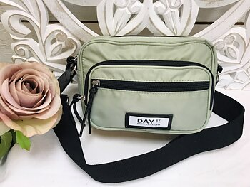Day Gweneth SB Dusty Green, alfaalfa grön Crossbody bags  - DAY et