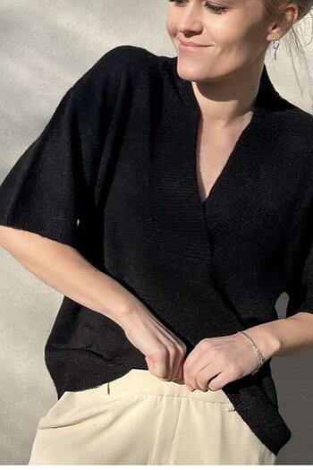 Neo Noir - Kally Knit Blouse Black