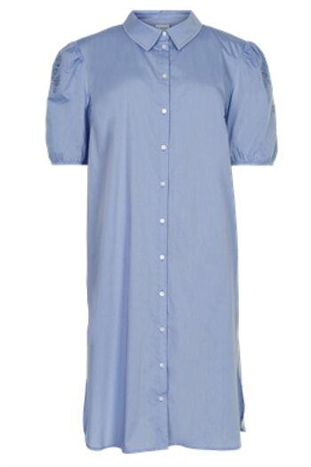 In Front - Jusephine Long Shirt Light Blue