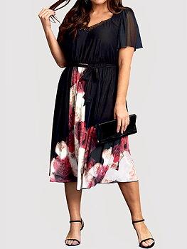 Klänning med blommönster, svart