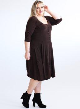 Klänning med knappar och vippig kjol, brun