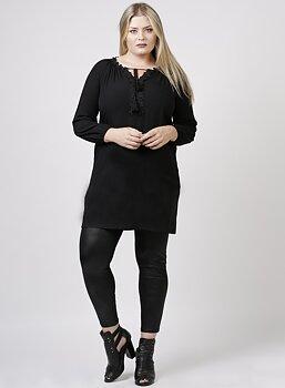 Tunika med unik ringning, svart