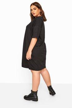 Klänning i oversizemodell. svart