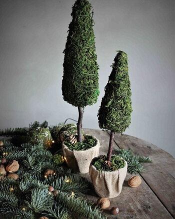 Dekorations träd Låg Grön Natur Maja Cottage