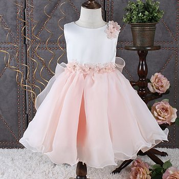 Pink princess dress in organza with flowers