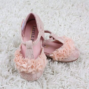 Pink ballerina in lace and chiffon baby