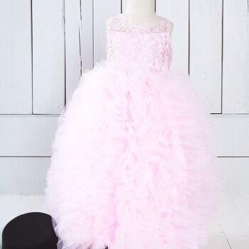Rosa fluffklänning