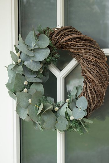 A Lot Decoration Door Wreath Larch 30cm
