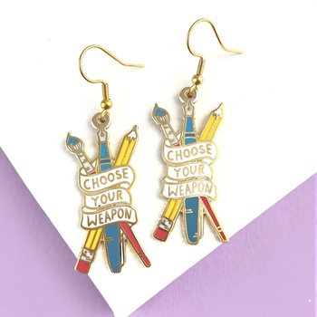 Choose Your Weapon : Enamel earrings - örhängen i emalj med krokar i rostfritt stål