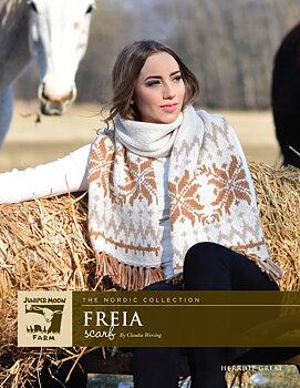 Freia Stor flerfärgstickad sjal